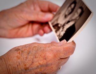 ارتباط و آلزایمر : نکاتی برای برقراری ارتباط بهتر با بیمار آلزایمری