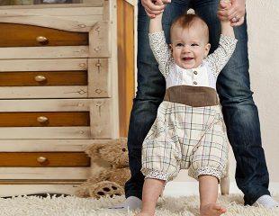 کودک ده ماهه