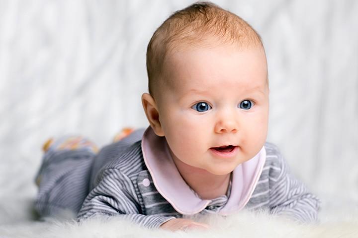 کودک سه ماهه