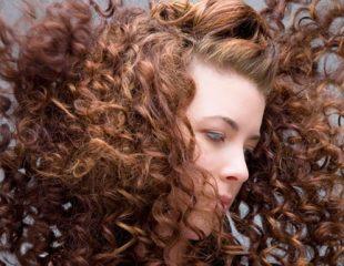 ریزش موی زنان: علل و راه حل های جلوگیری از نازک شدن مو