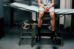 معاینه ی بالینی زگیل های تناسلی مردان