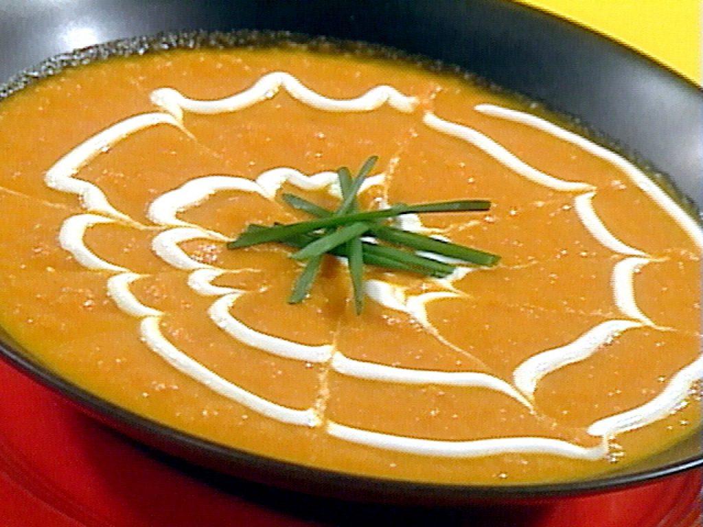 سوپ کاری سیب و هویج