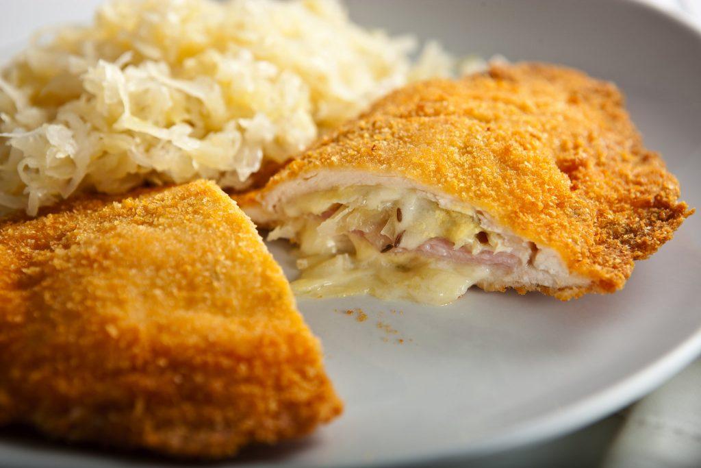 مرغ پنیری و ژامبون