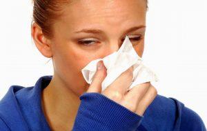 آب ریزش بینی : تسکین طبیعی برای علائم سرما خوردگی و حساسیت