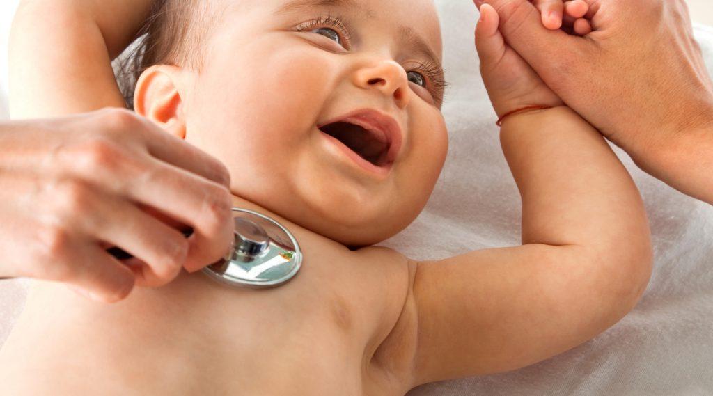 معاینه کامل کودک شش ماهه