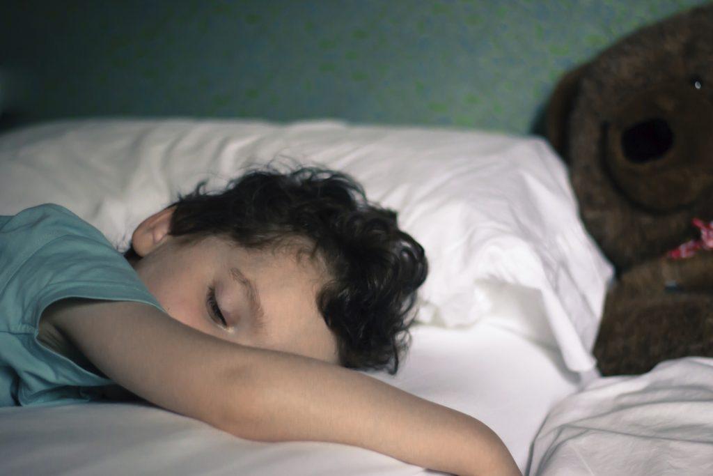 نقص توجه - بیش فعالی و اختلالات خواب