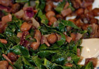 لوبیا چشم بلبلی و سبزیجات