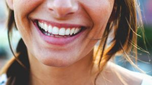 سوختگی شیمیایی دهان و یا گلو