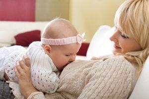 الگوهای تغذیه با شیر مادر