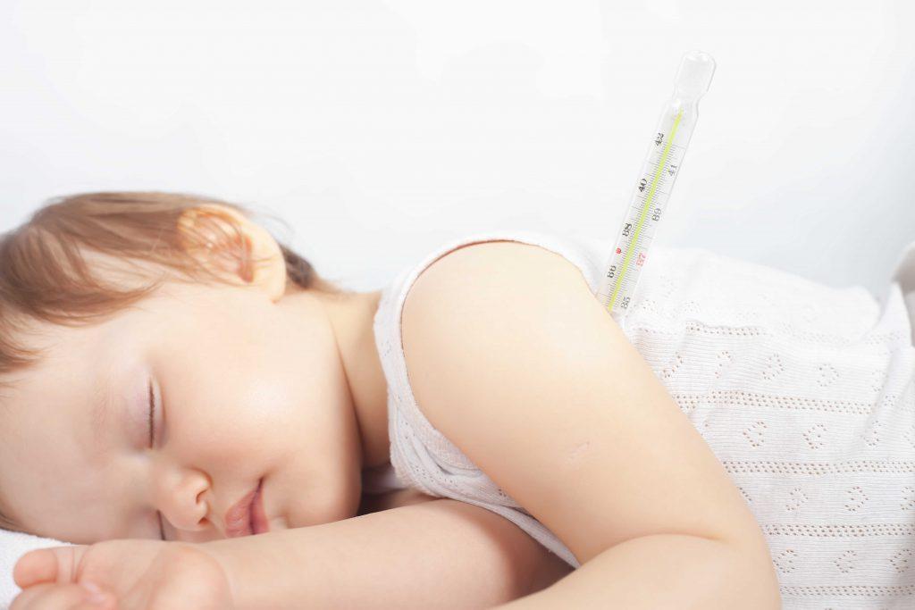تب و تشنج در اطفال