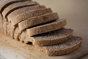 نان غلات کامل