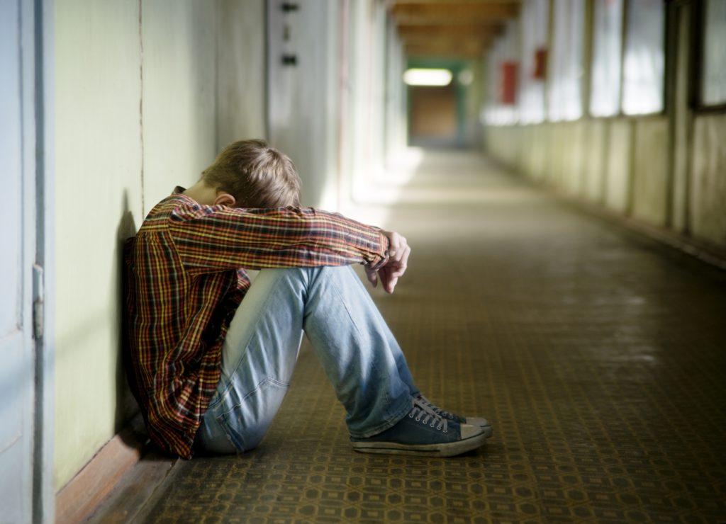 افکار خودکشی : کمک به بیمار