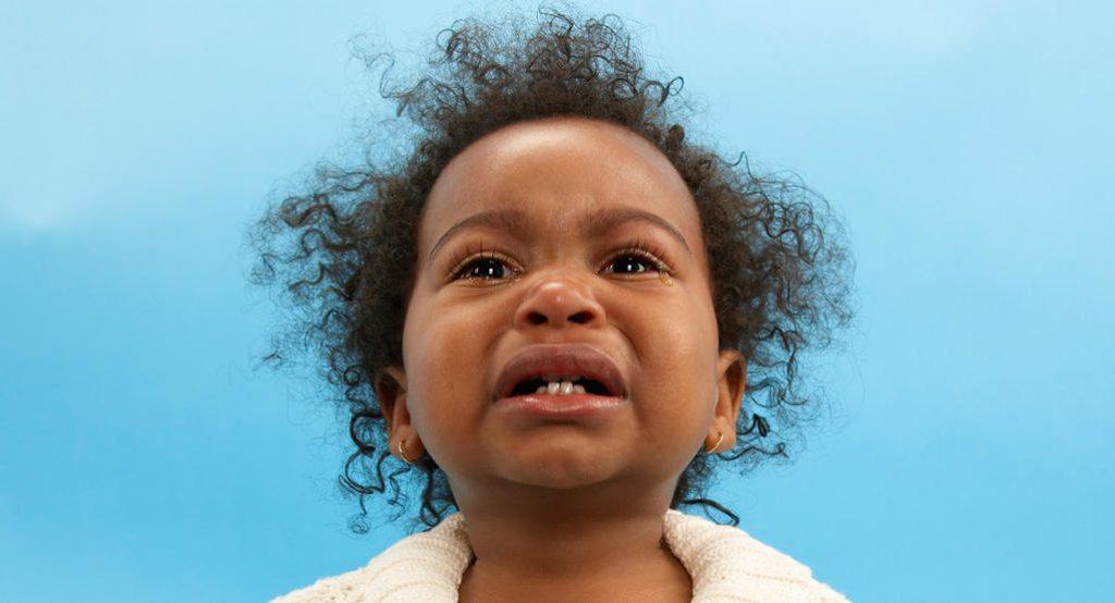 رفتار کودک 15 ماهه شما: بحران های بیشتر
