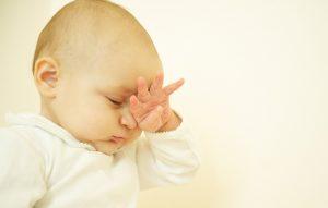 حلقۀ سیاه دور چشم کودک