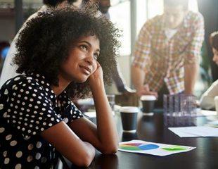 نقص توجه - بیش فعالی در زنان و دختران