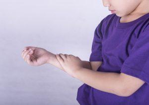 آرتریت روماتوئید جوانان چیست ؟
