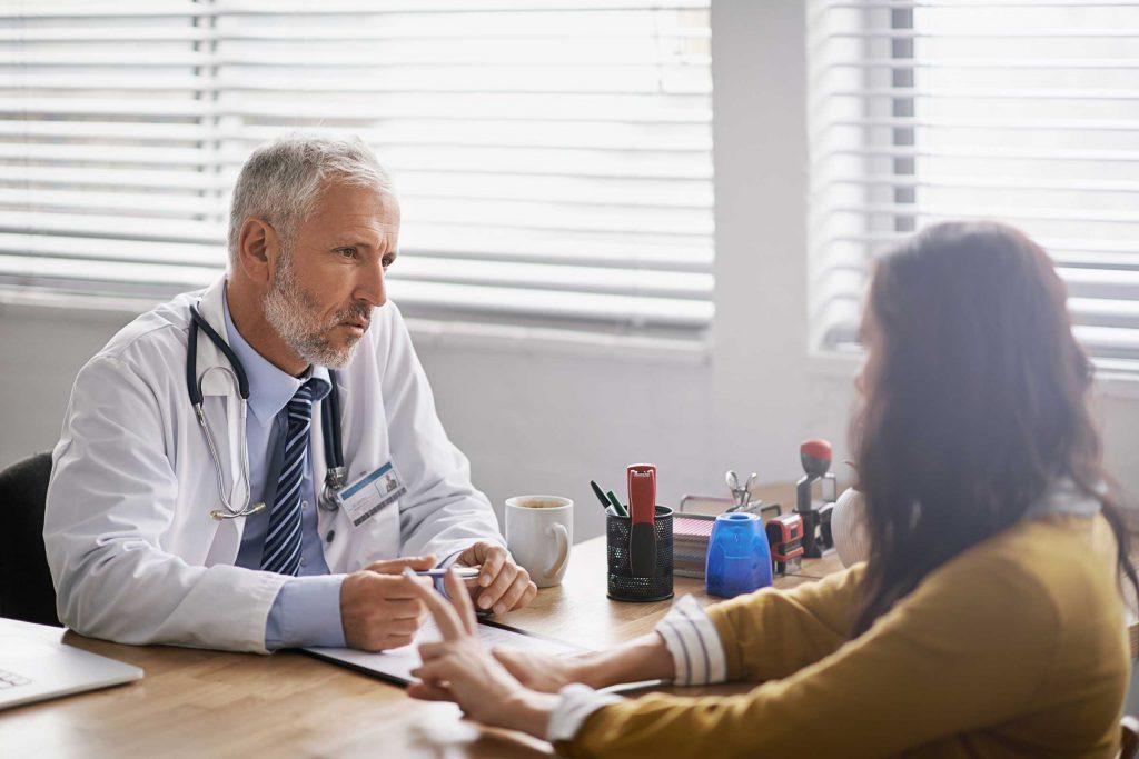یازده سؤال برای پرسیدن از متخصص شیمی درمانی سرطان