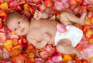 10 واقعیت در مورد نوزادان که احتمالا نمی دانید