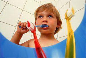 کودکان و روش هایی برای دور ماندن از میکروب ها