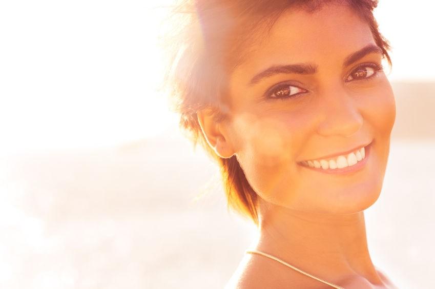 پوستی خوب می خواهید؟ از نور خورشید دور بمانید