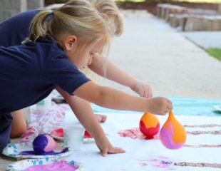 دستکاری و دست ورزی در کودکان