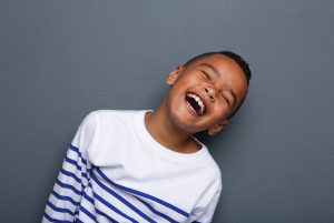 اتیسم یا بیش فعال (ADHD) ؟ تفاوت بین اتیسم و بیش فعالی چیست؟