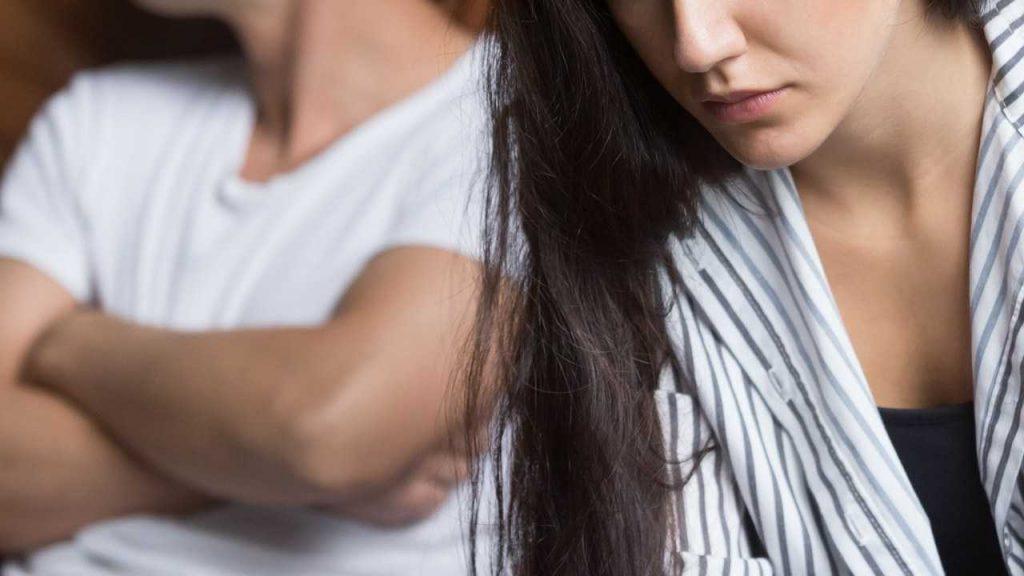 8 . دوری از افراد و رابطههای سمی