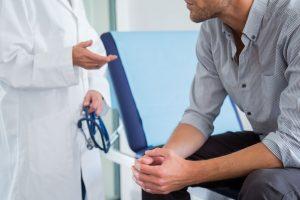 با پزشکانی که اختلال نعوذ در مردان را درمان میکنند آشنا شوید!