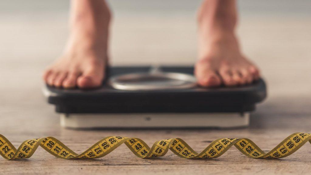 10 . وزن ایدهآل و استاندارد خود را حفظ کنید