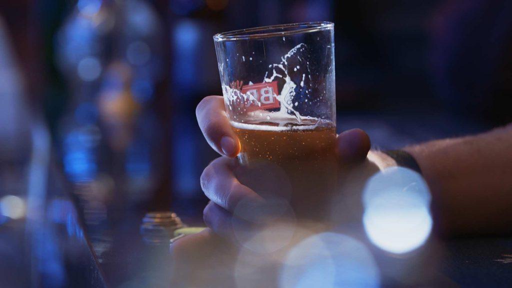 کاهش مصرف الکل و مصرف مواد مخدر