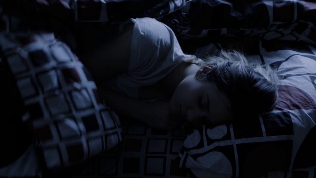 5 . تاثیر تاریکی در درمان بیخوابی