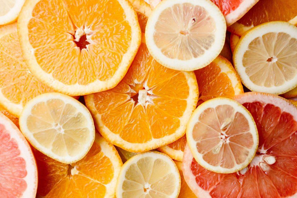کمبود ویتامین سی - 15 علامت کمبود ویتامین C