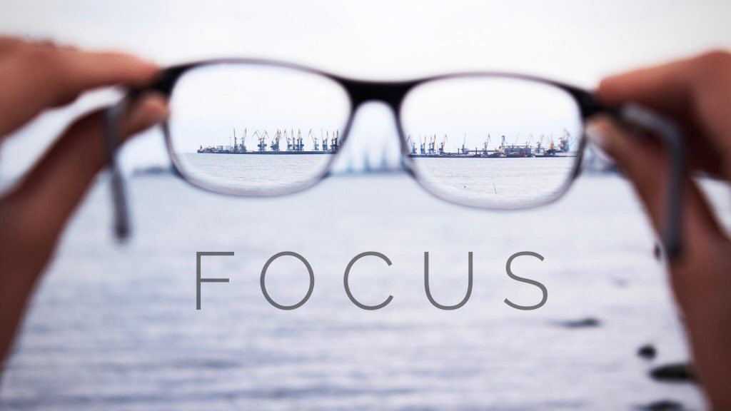 3 . همزمان تنها روی یک موضوع تمرکز کنید