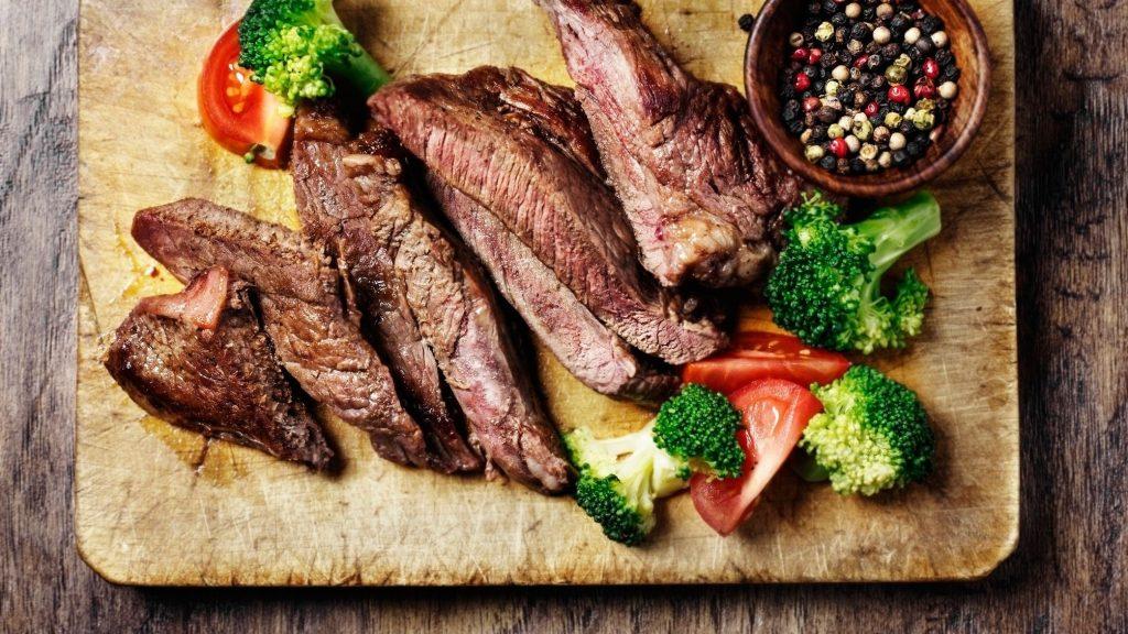 7 . گوشت گاو