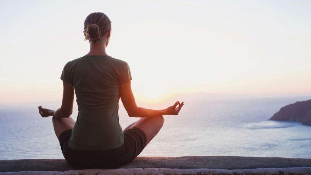 10 . تمرین ذهن به کاهش و کنترل درد کمک می کند