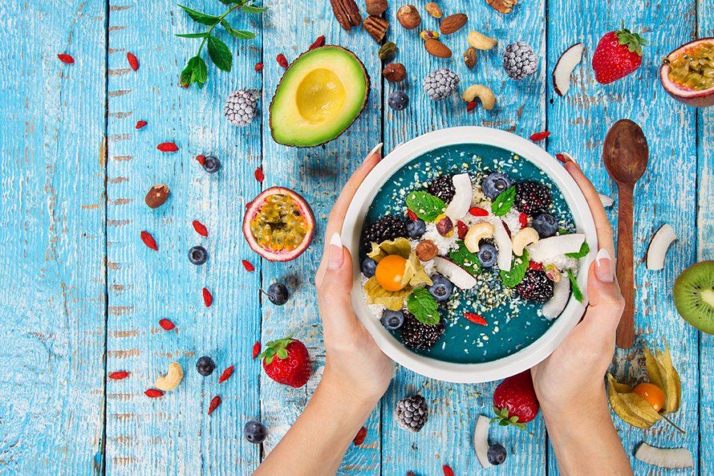 11 ماده غذایی که کبد شما را سالم نگه میدارند