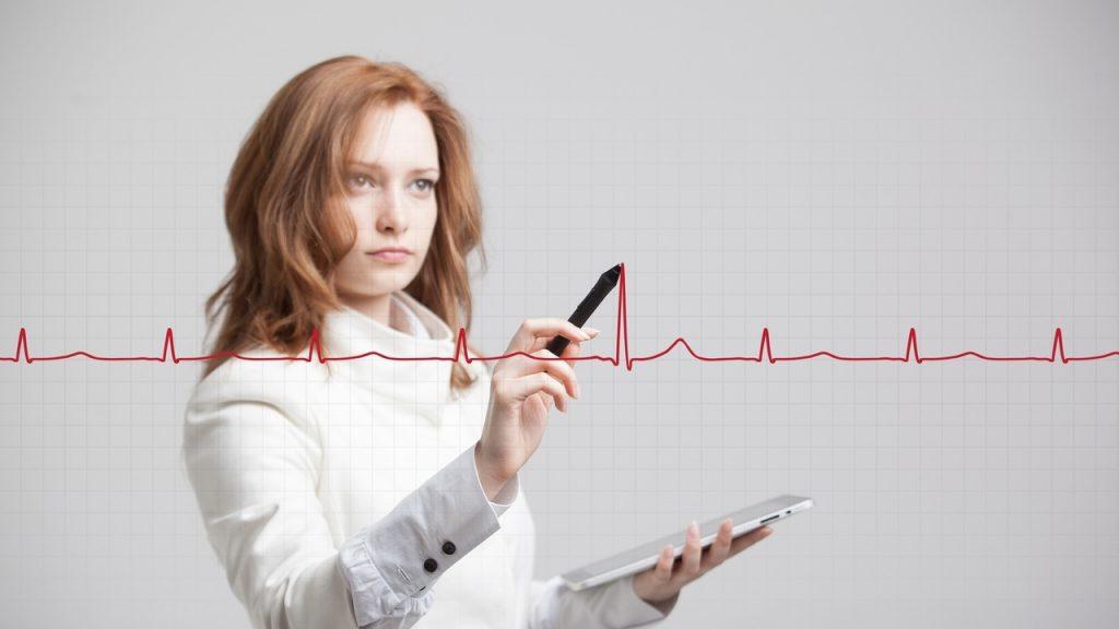 پزشک از شما چه سوالاتی در رابطه با تپش قلب خواهد پرسید