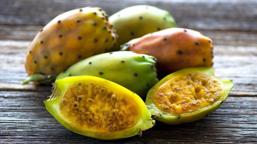 6 . میوه کاکتوس