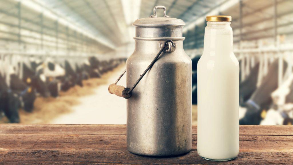 شیر کم چرب غنی شده با ویتامین D