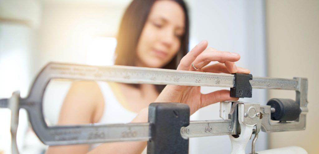 بیشتر از کالری که بدن شما نیاز دارد را دریافت کنید
