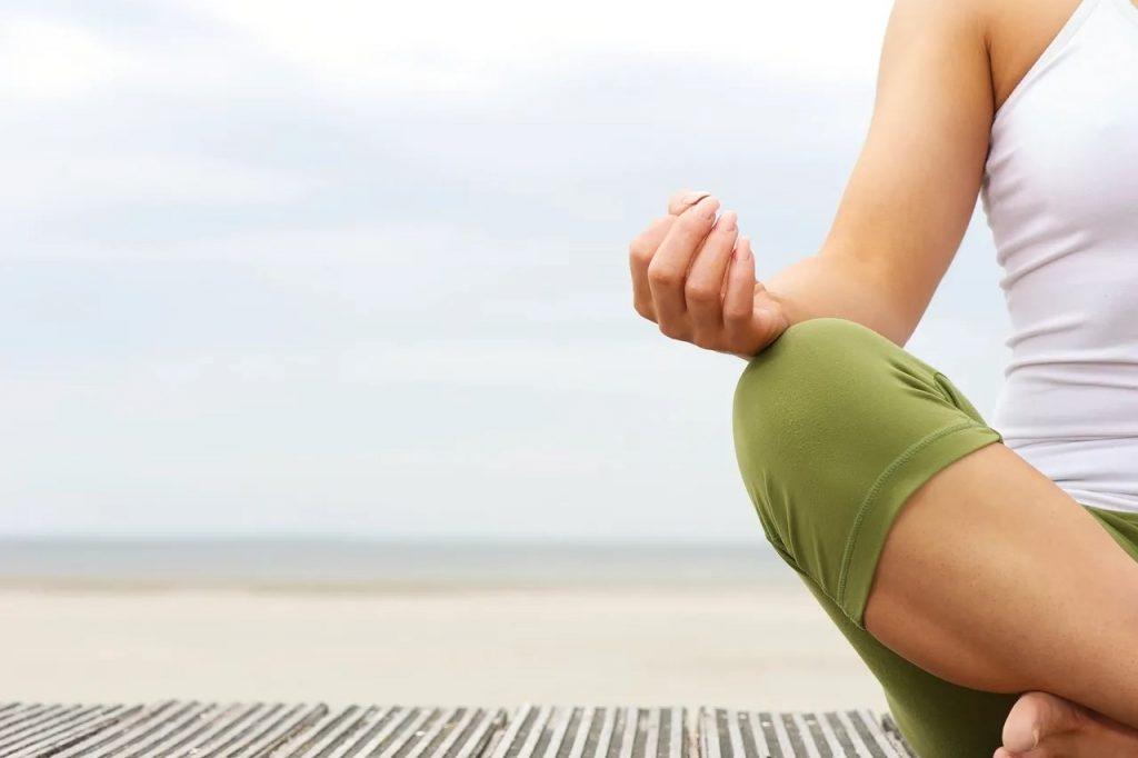 7 تمرین تنفس صحیح برای داشتن یک خواب بهتر