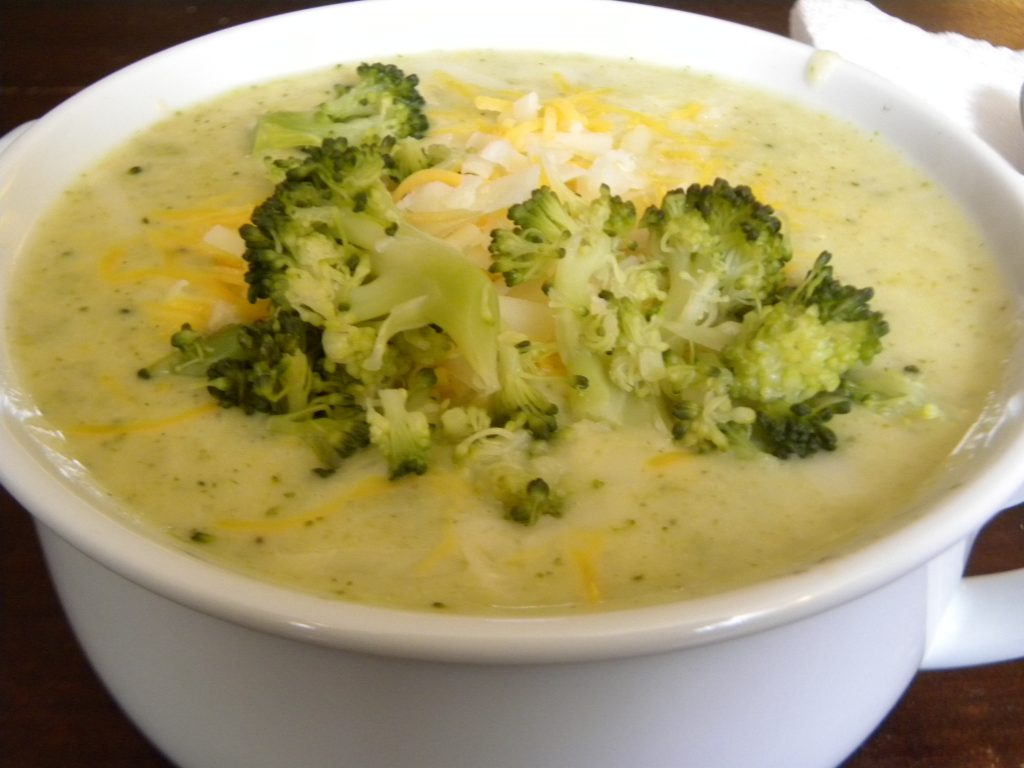 سوپ بروکلی پنیری
