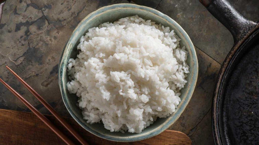 2 . برنج سفید