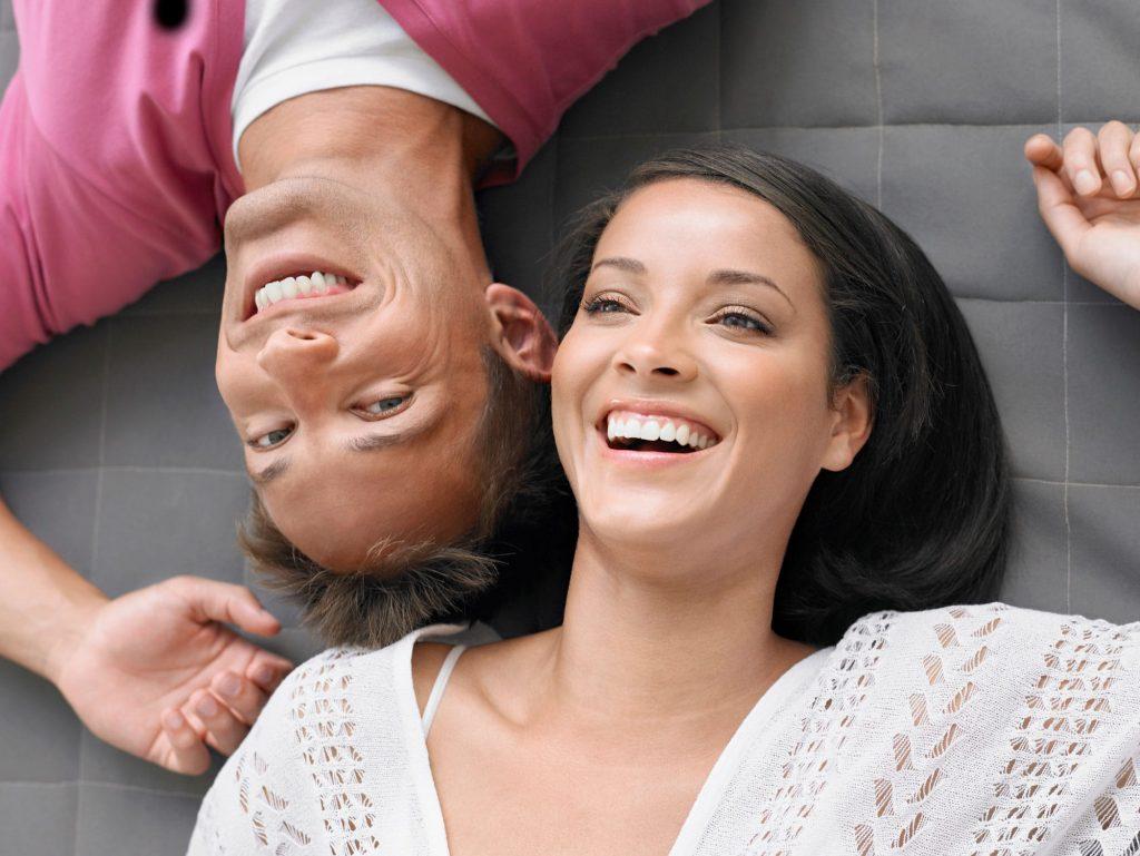 چرا زوج هایی با قومیتها و ملیت های متفاوت خوشبخت تر هستند؟