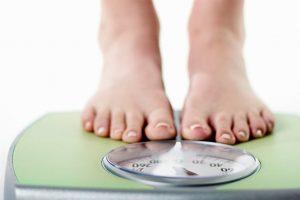 6 نکته برای کاهش وزن در افراد مبتلا به کم کاری تیروئید