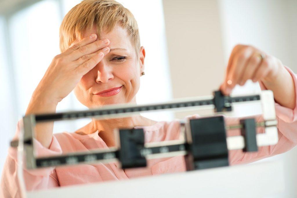 بخاطر این 5 دلیل کاهش وزن در سنین بالا بسیار سخت است