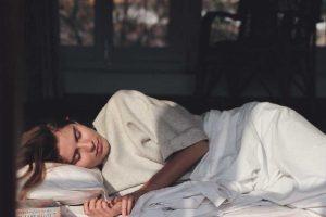 اگر مبتلا به میگرن هستید، با این 6 توصیه خواب بهتری خواهد داشت