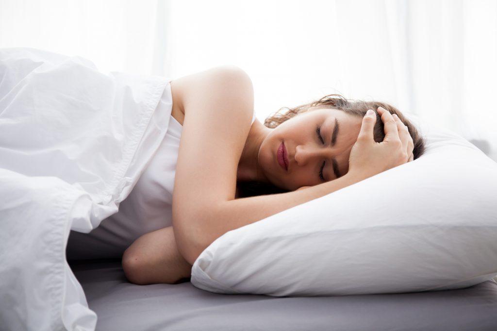 آیا بیماری صبحگاهی در طول شب ممکن است رخ دهد؟