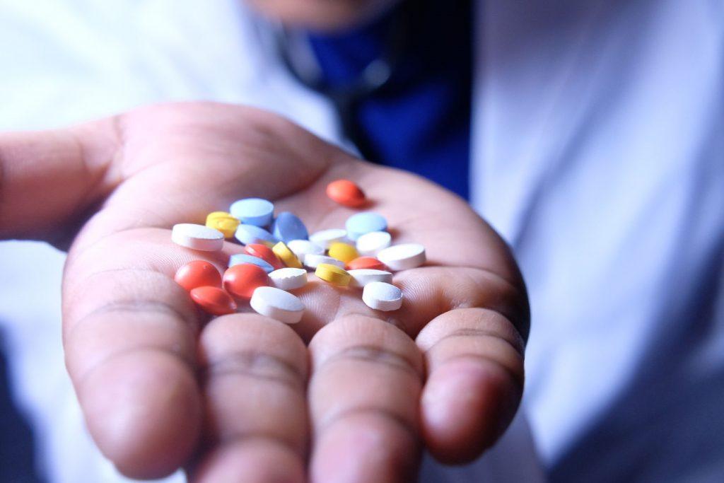 داروها و سایر موادی که می توانند موجب علائم افسردگی شوند