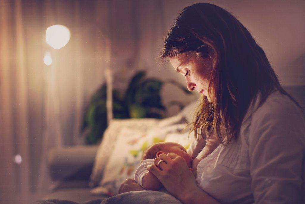 تاثیرات ایمپلنت پستان و پروتز سینه بر روی شیردهی
